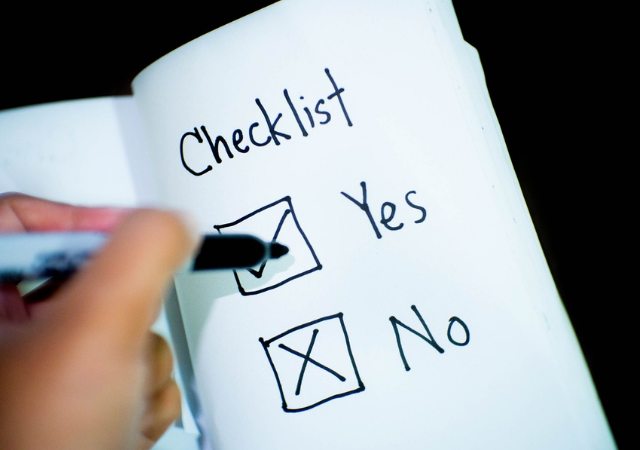 Storm Preppers - How to Create a Disaster Survivor's Checklist